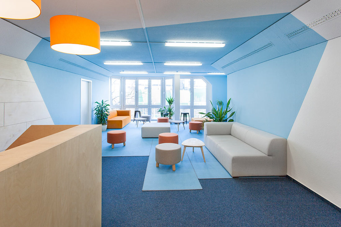 INDECORATE Make-over: Dynamisches Office-Design für eine Berliner Privatschule